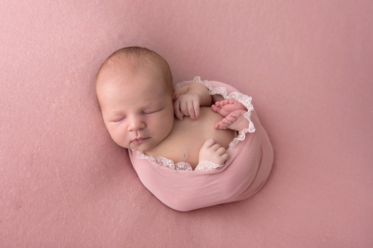 Fleurette Photography, Amy Bergman - Newborn Photography Cedar Grove